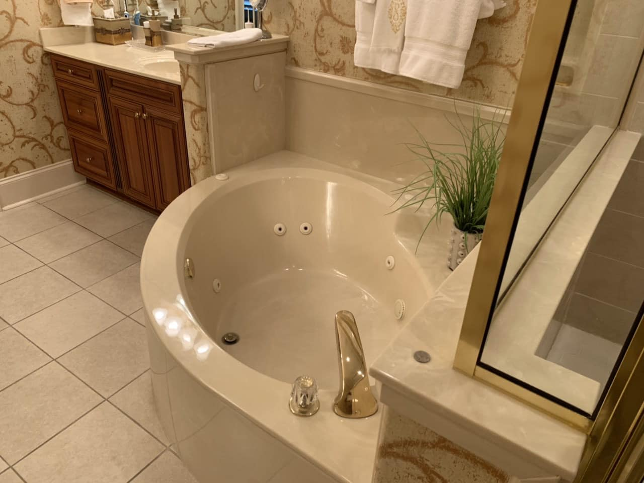 Old Style Jetted Tub