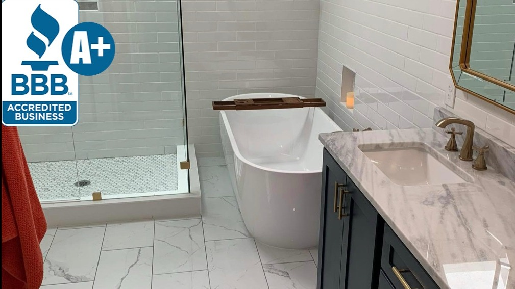 Memphis Bathroom Remodeler showing modern bathroom with tub, shower and vanity