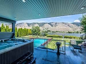 Kamloops waterfront home for sale backyard