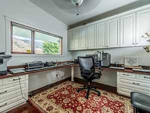 2nd office for her Kamloops waterfront home for sale
