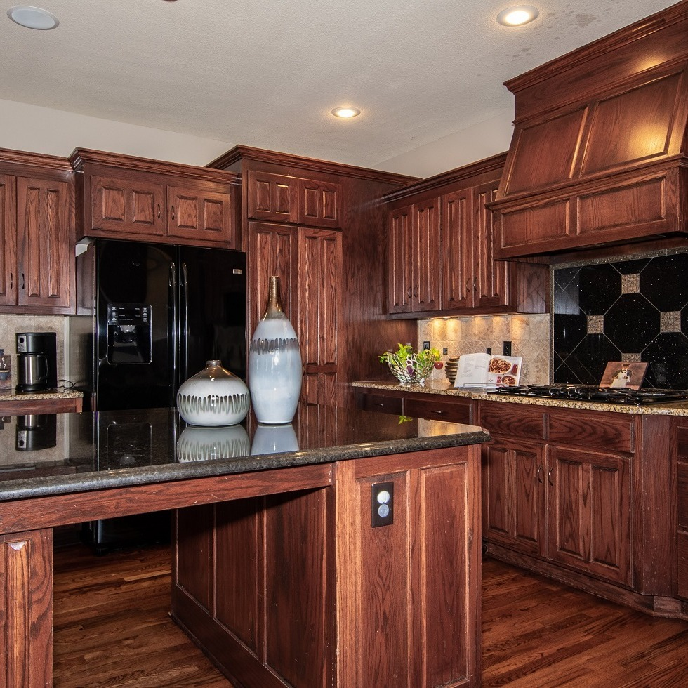 Large Kitchen with all wooden cabinetry